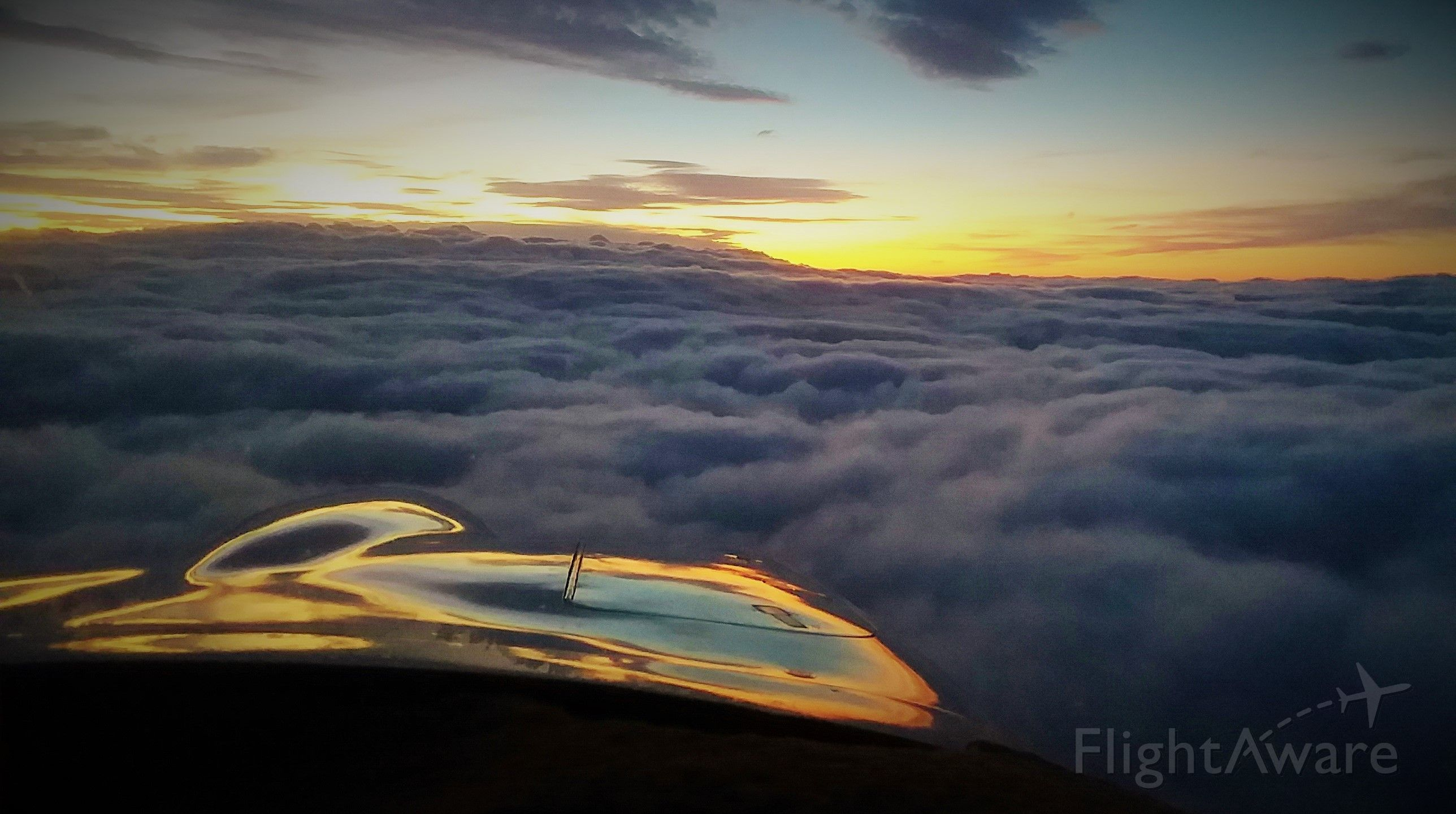 Mooney M-20 (N201CN) - Mooney Heaven - Chasing angels over Arkansas at twilight after a 900 mile IFR day