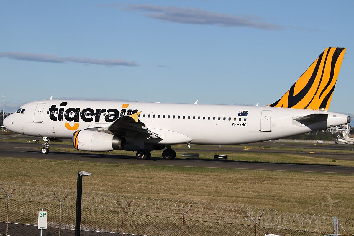 Airbus A320 (VH-VNG) - on 24 November 2018