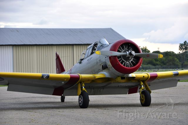 North American T-6 Texan (N224X) - Commemorative Air Force North American SNJ-4 N224X in Ann Arbor