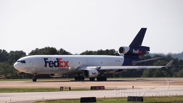 Boeing MD-11 (N604FE) - Departing from 18R