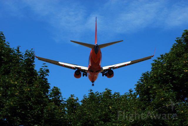 Boeing 737-700 (N464WN)