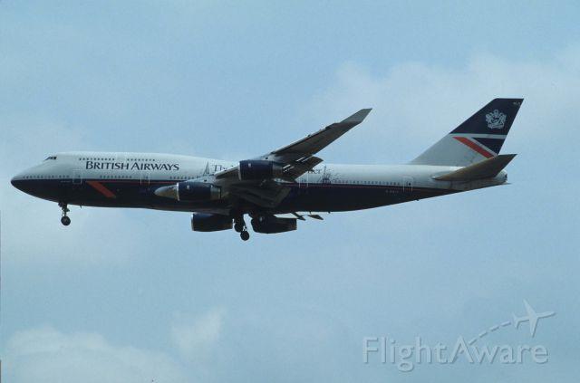 Boeing 747-400 (G-BNLF) - Final Approach to Narita Intl Airport Rwy34 on 1991/04/20