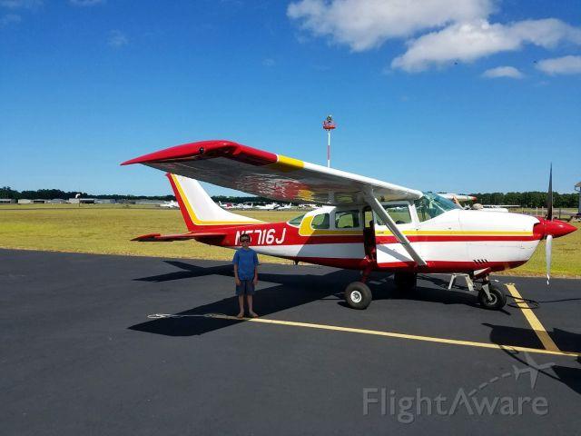 Cessna 206 Stationair (N5716J) - Cessna P206E Stationair (N5716J)