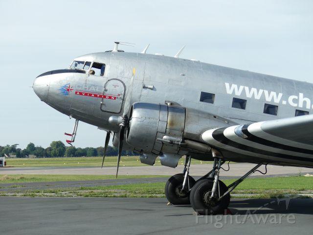 Douglas DC-3 (F-AZOX)