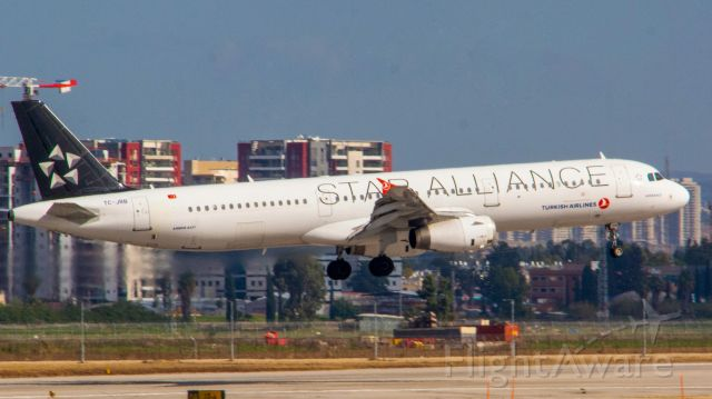 Airbus A321 (TC-JRB) - landing on runway 12 in TLV after a short hop from IST