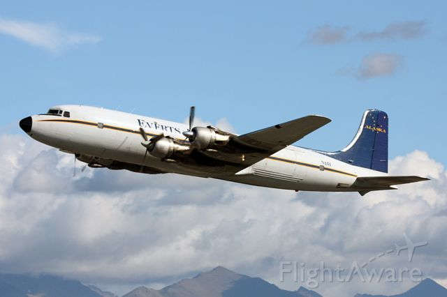 Douglas DC-6 (N151)