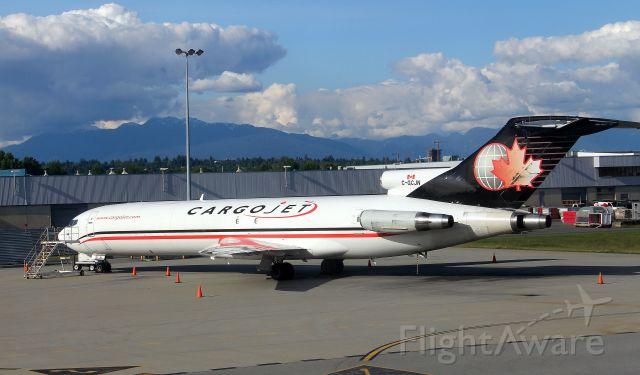 Boeing 727-100 (C-GCJN)