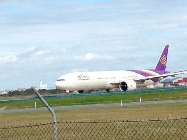 Boeing 777-200 (HS-TKL) - B777-300 landing. I took this photo half a year ago.