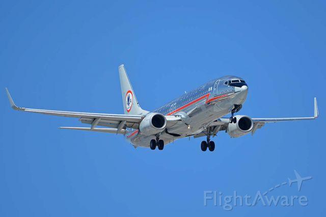 Boeing 737-800 (N905NN) - American Airlines 737-823 N905NN in heritage Astrojet livery visited Phoenix Sky Harbor on August 18, 2017.