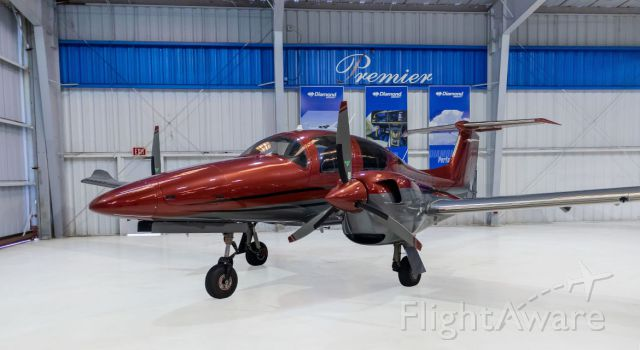 Diamond DA-62 (N122YZ) - THIS PLANE CAN BE YOURS. CALL JEFF AT PREMIER 954-771-0411