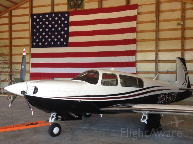 Mooney M-20 Turbo (N924TF)
