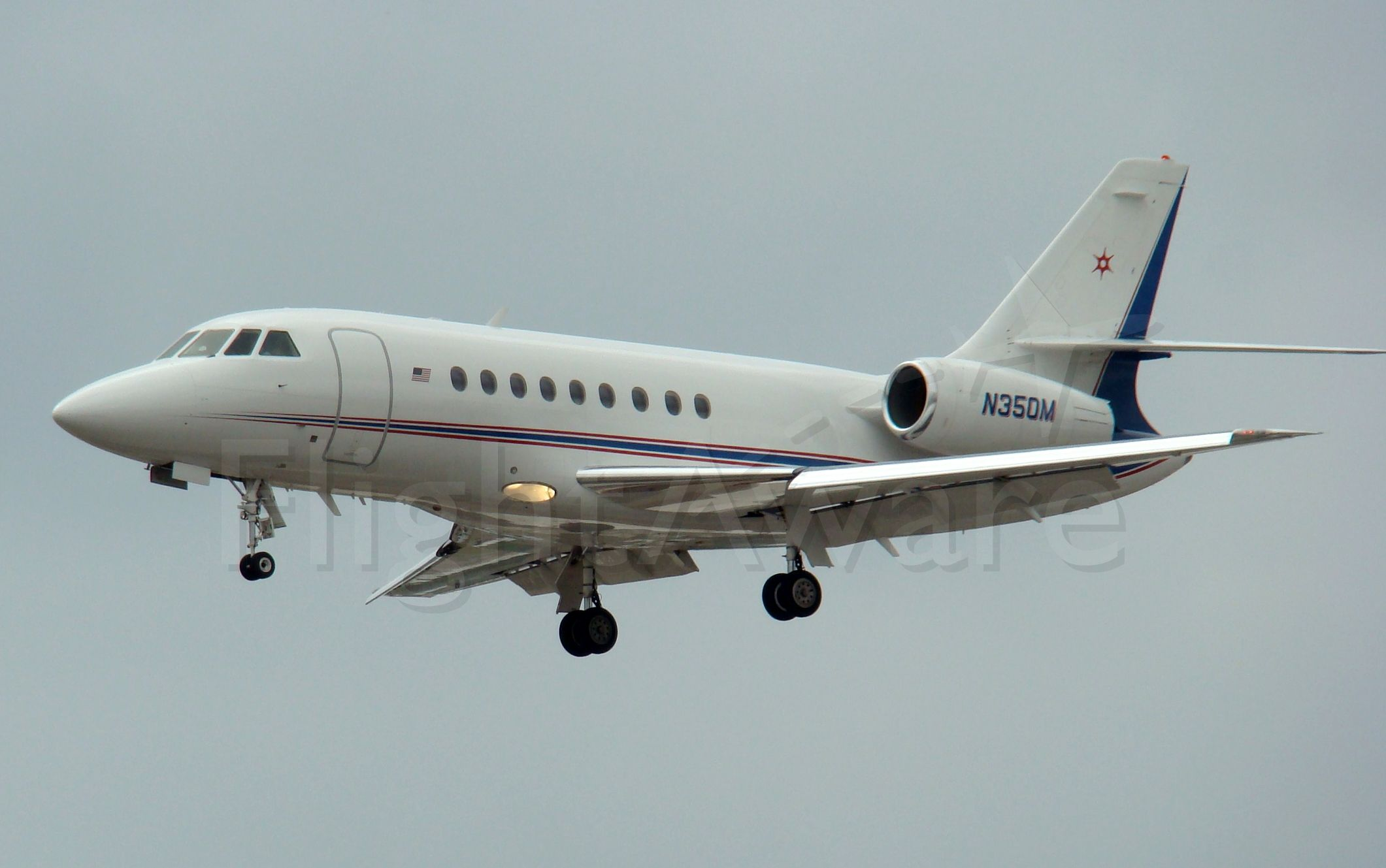 Dassault Falcon 2000 (N350M) - Mar 21,09. final, 3, San Antonio