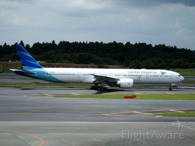 BOEING 777-300 (PK-GIF)