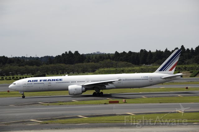 BOEING 777-300 (F-GZNB) - Taxing at Narita Intl Airport on 2017/09/15