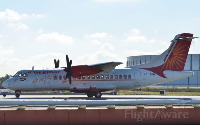 Aerospatiale ATR-42-300 (VT-ABE)
