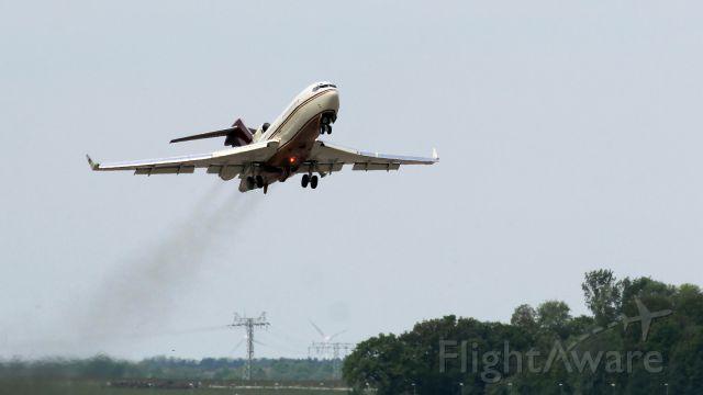 Boeing 727-100 (N311AG)
