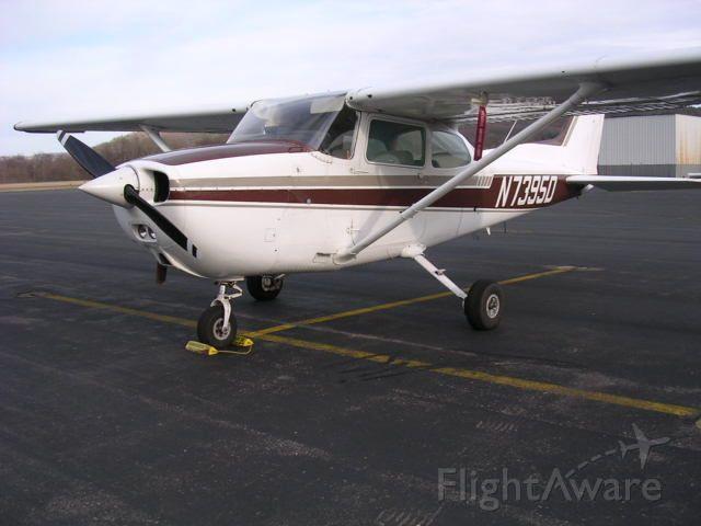 Cessna Skyhawk (N7395D)