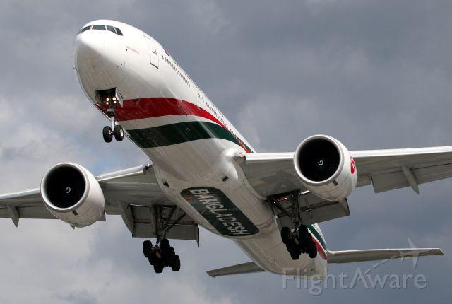 BOEING 777-300ER (S2-AHN)