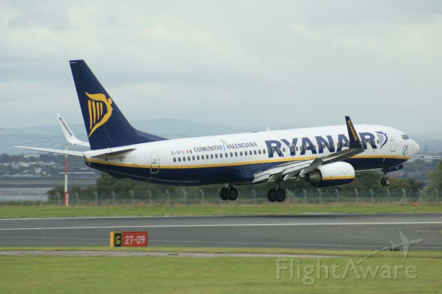 Boeing 737-700 (EL-EFO) - Ryanair in Communitat Valenciana livery. I have been on this exact plane myself.