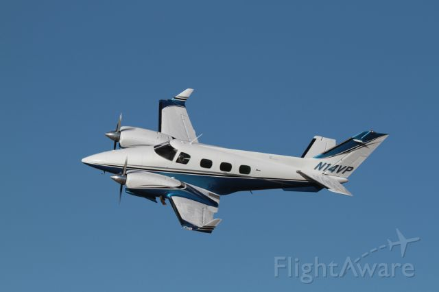 Beechcraft Duke (N14VP) - Duke over Pine Bluffs, Wyoming. 1/2015