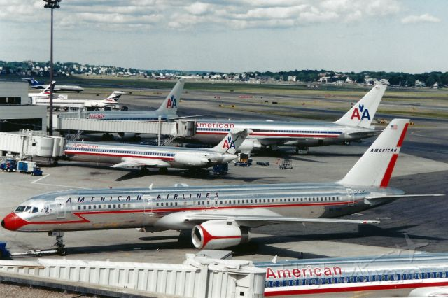 Boeing 757-200 (N679AN) - American Airlines B757-200 'retrojet' at Boston Logan on August 8,1999.