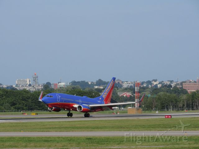 Boeing 737-700 (N211WN) - Free Bags Fly Here livery