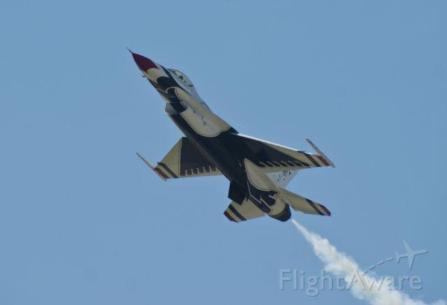 Lockheed F-16 Fighting Falcon (92-3896)