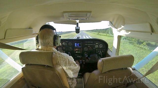 Cessna 206 Stationair (N5108Q) - Landing on Rwy 36 @ L39