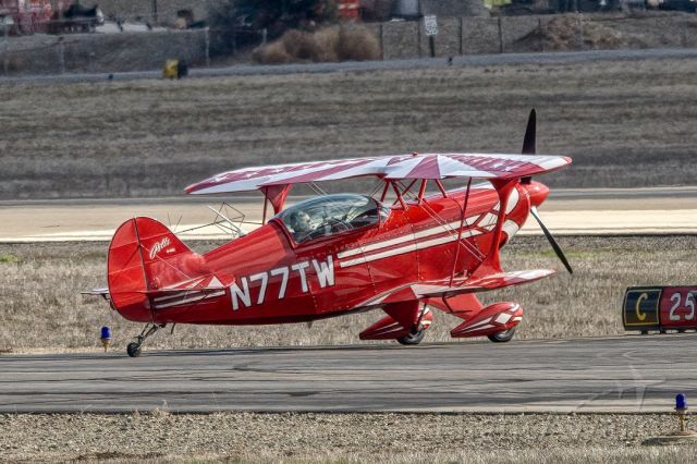 PITTS Special (S-2) (N77TW) - Pitts S-2B at Livermore Municipal Airport. January 2021