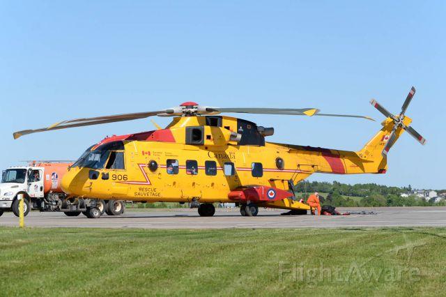 WESTLAND Merlin (14-9906) - RCAF SAR CH-149 Cormorant