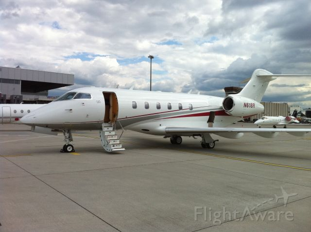 Bombardier Challenger 300 (N618R) - One sweet Challenger sitting at LSGG.