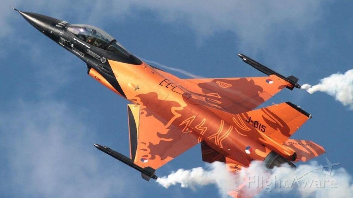 Lockheed F-16 Fighting Falcon — - Dutch F16
