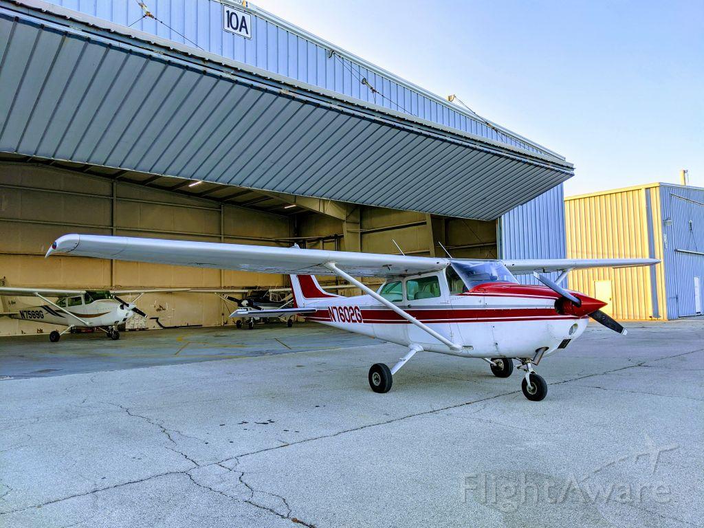 Cessna Skyhawk (N7602G)