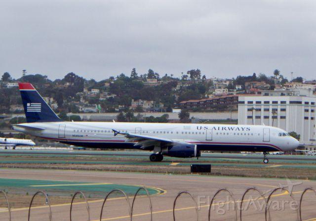 Airbus A321 (N545UW)