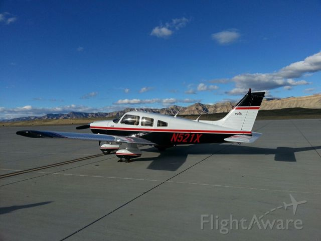 Piper Cherokee (N521X) - Just landed in Grand Junction from Walla Walla, Wa.  Coming home to Houston