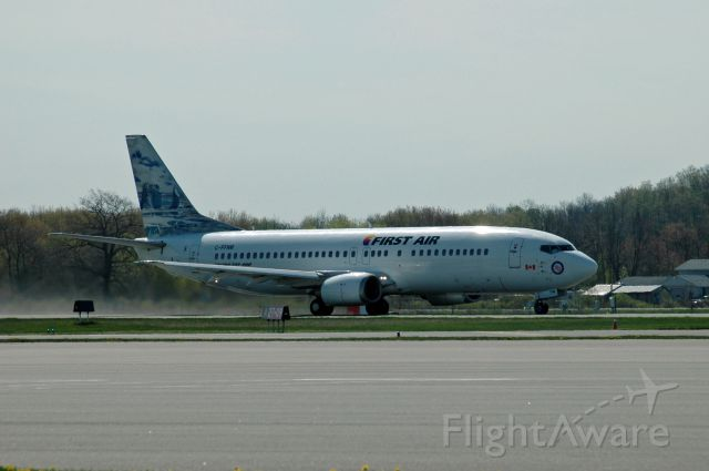 BOEING 737-400 (C-FFNM) - A beautiful Boeing 737-400 taking off from CYPQ/YPQ