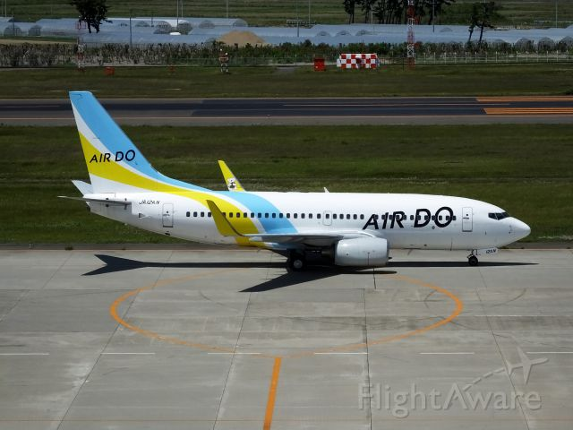 Boeing 737-700 (JA12AN)