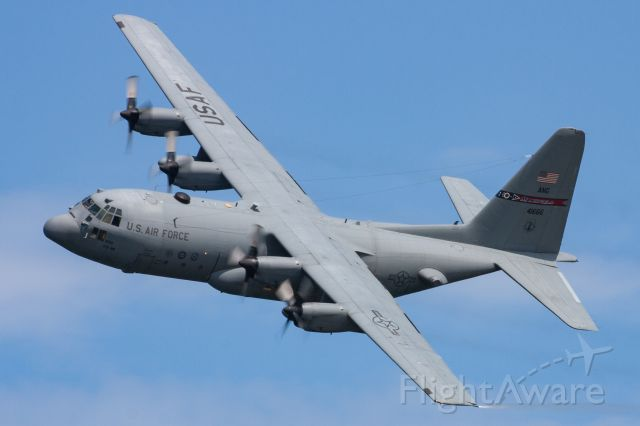 Lockheed C-130 Hercules (74-1666) - Ohio Air National Guard C-130 performing a demonstration flight at the 2019 Cleveland National Air Show