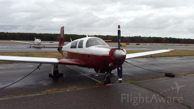 Mooney M-20 (N7017V)