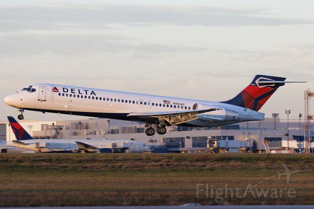 Boeing 717-200 (N951AT)