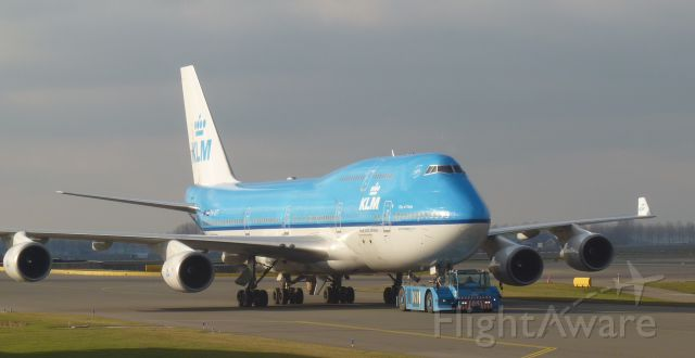 "Boeing 747-400 (PH-BFT) - ""CITY OF TOKYO"""