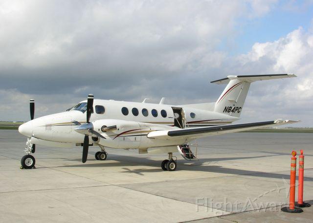 Beechcraft Super King Air 200 (N84PC)
