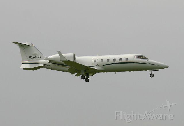 Learjet 60 (N58ST)