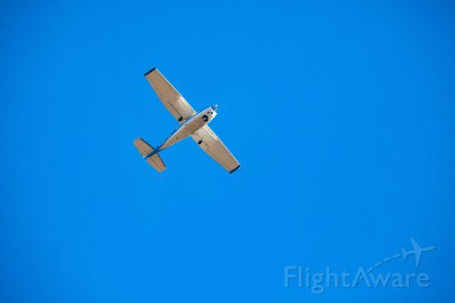 Cessna Skyhawk (N2042Q)