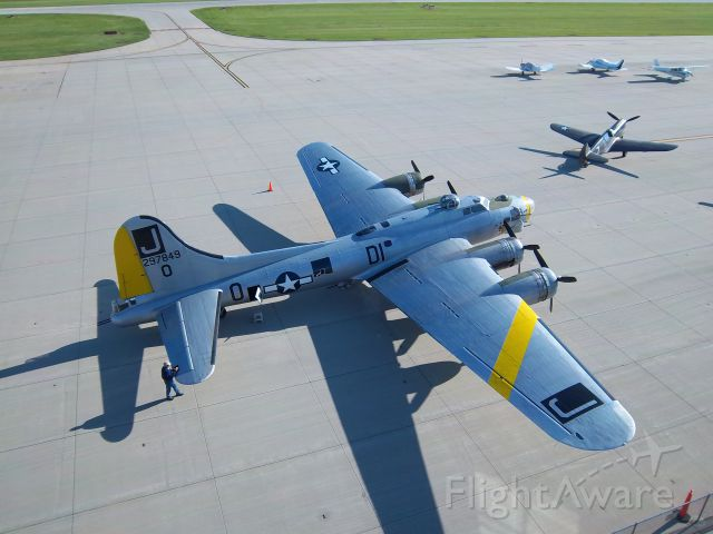 Boeing B-17 Flying Fortress (N390TH) - The morning of her last flight . 06/13/11