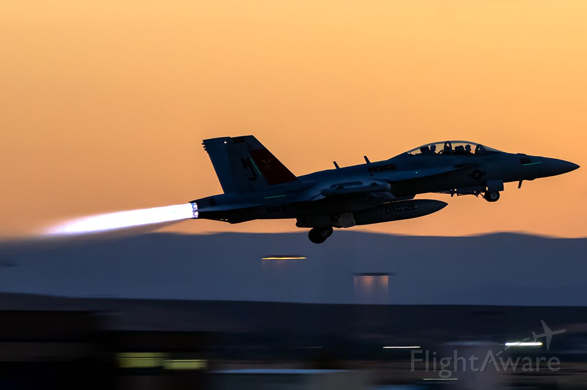 """McDonnell Douglas FA-18 Hornet (16-8901) - Viking 12 blasting off into the sunset. This photo is mine, I took it. Yes there is a link to my Airliners.net account to prove that it is mine. <a rel=""""nofollow"""" href=""""http://www.airliners.net/photo/USA-Navy/Boeing-EA-18G-Growler/4336573"""">http://www.airliners.net/photo/USA-Navy/Boeing-EA-18G-Growler/4336573</a>"""