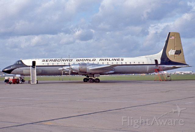 — — - SEABOARD WORLD AIRLINES - CANADAIR CL-44D4-1 - REG N123SW (CN 30) - LONDON HEATHROW UK ENGLAND - EGLL (11/10/1967)