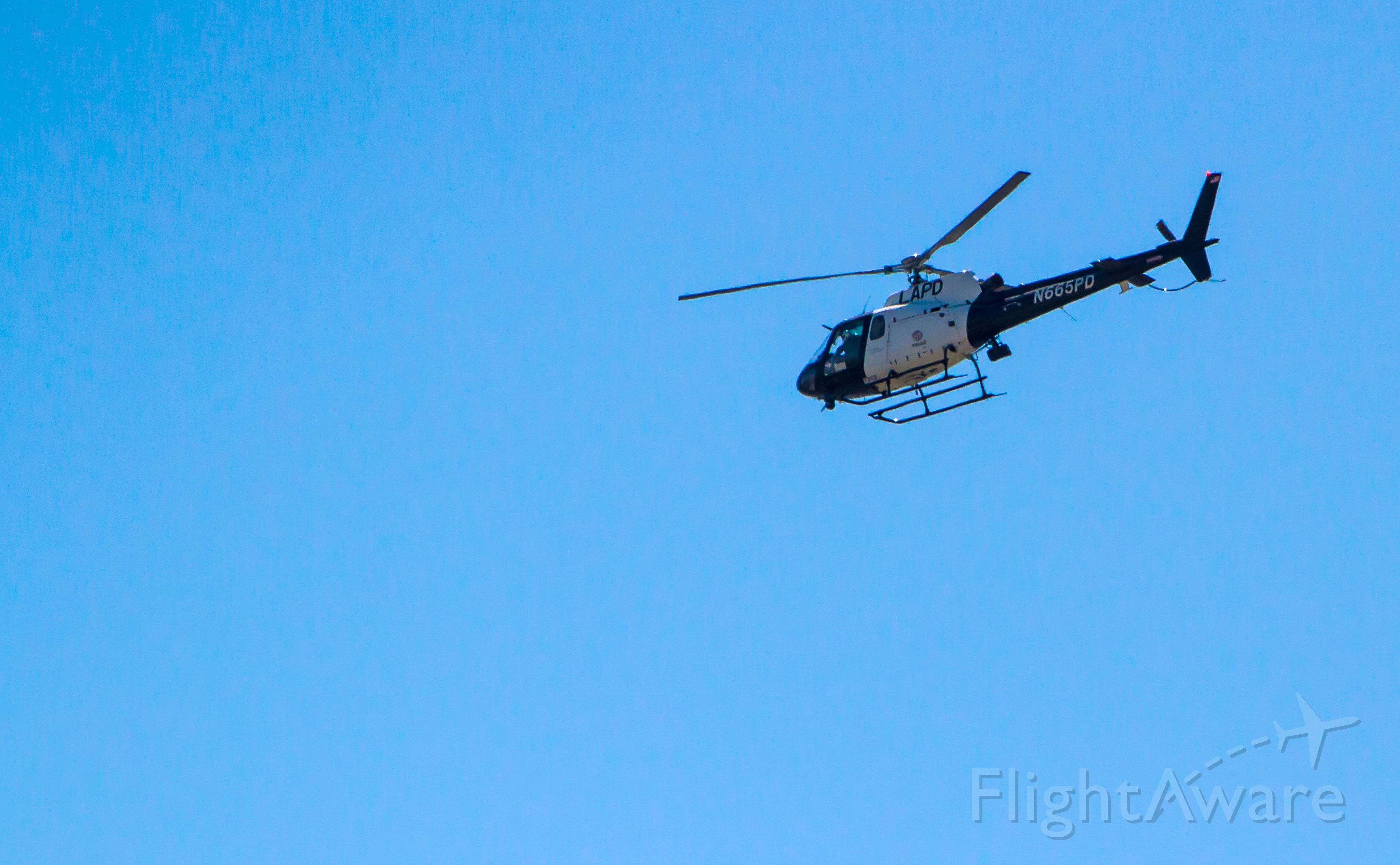 N665PD — - LAPD helicopter N665PD making a rare transition of KLGB airspace on Sunday, April 12, 2015