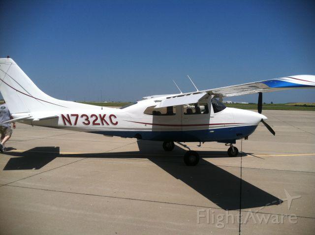 Cessna Centurion (N732KC)