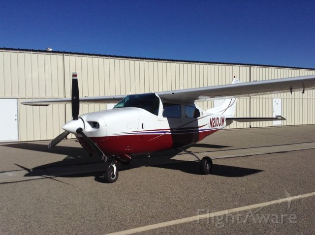 Cessna Centurion (N210JW)